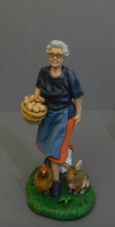 pastorelli presepe personalizzati nonna con galline coniglio cesto uova orme magiche