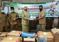 dr Yasmin Darmawan, Sp.Og Bantu APD untuk Tenaga Medis Kabupaten Bima