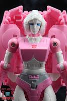 Transformers Kingdom Arcee 04