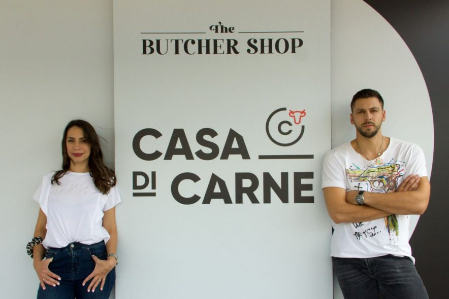 Νίκη Μποζιονέλου - Αλεξ Στέβοβιτς: Από το Άργος και την οικογενειακή παράδοση στο success story του Casa Di Carne