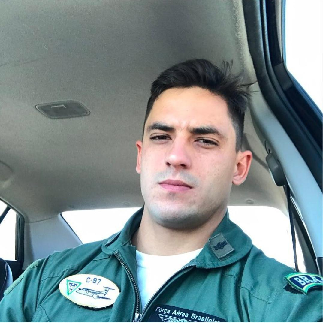 handsome-brazilian-young-man-beautiful-face-airforce-uniform-car-selfie