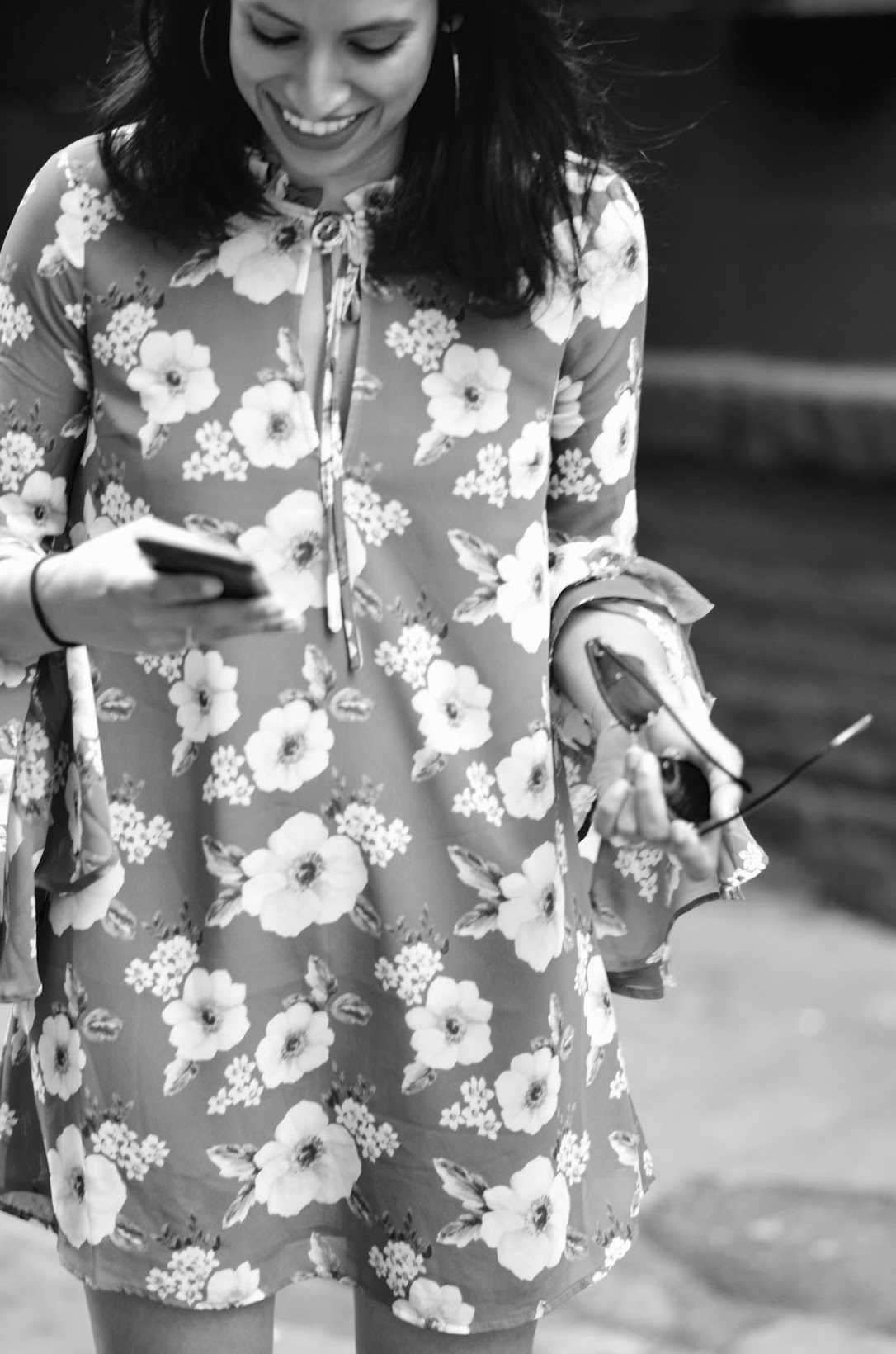 Forever 21, fall fashion, fall style, F21 floral mini dress, bell sleeves, SF style, street style, multi strap flats, chic street style