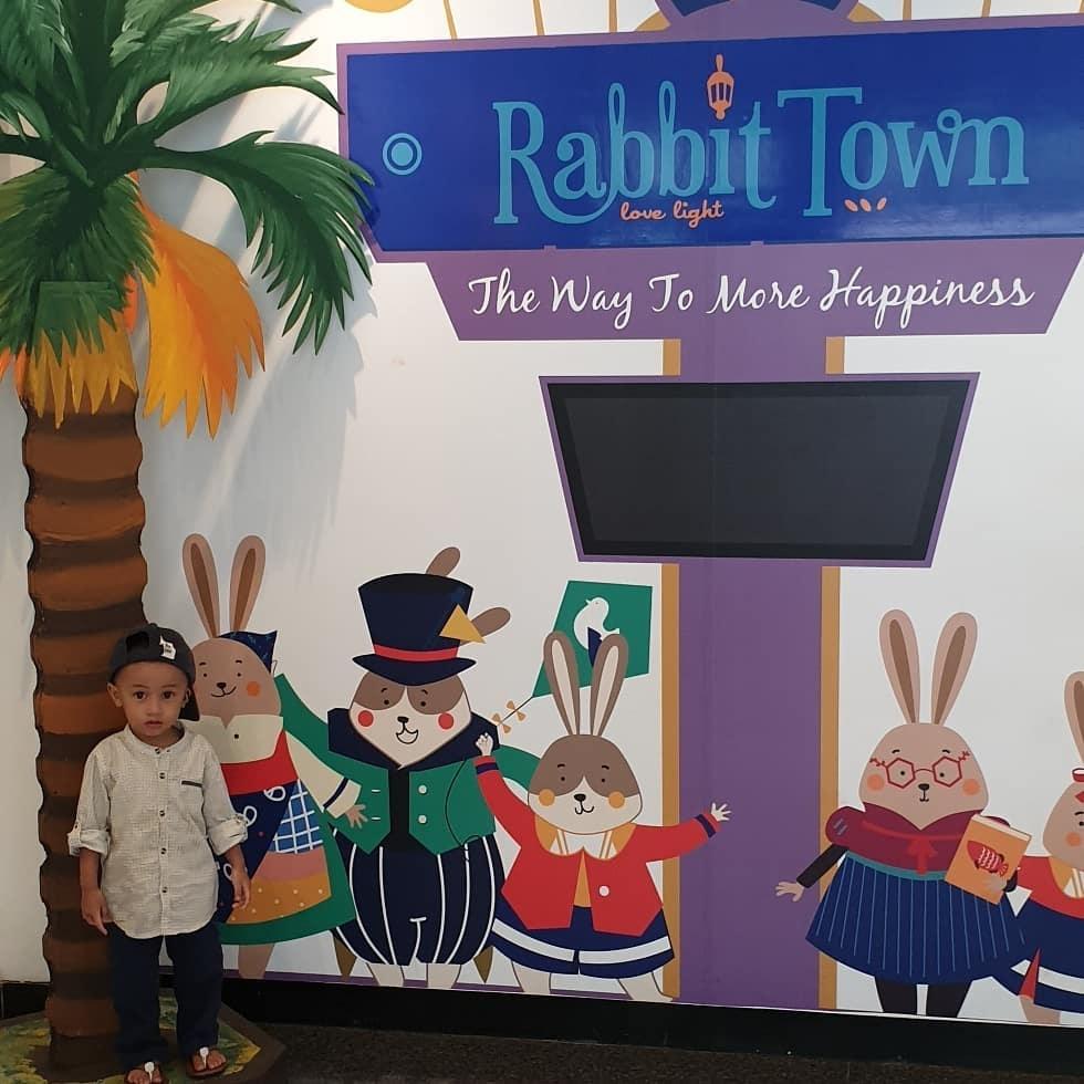 Spot Foto dan Harga Tiket Masuk Rabbit Town Bandung