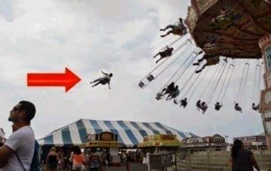 Funny Merry-go-round Fair Ride Fail Joke Picture