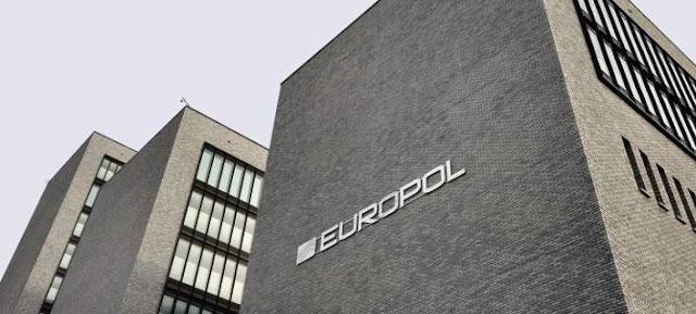 Με αυτά τα απλά, καθημερινά αντικείμενα αναγνωρίζει η Europol τους παιδεραστές και τα θύματά τους