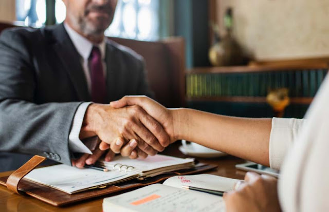 How To Choose an immigration lawyer & What To Know Before You Hire One