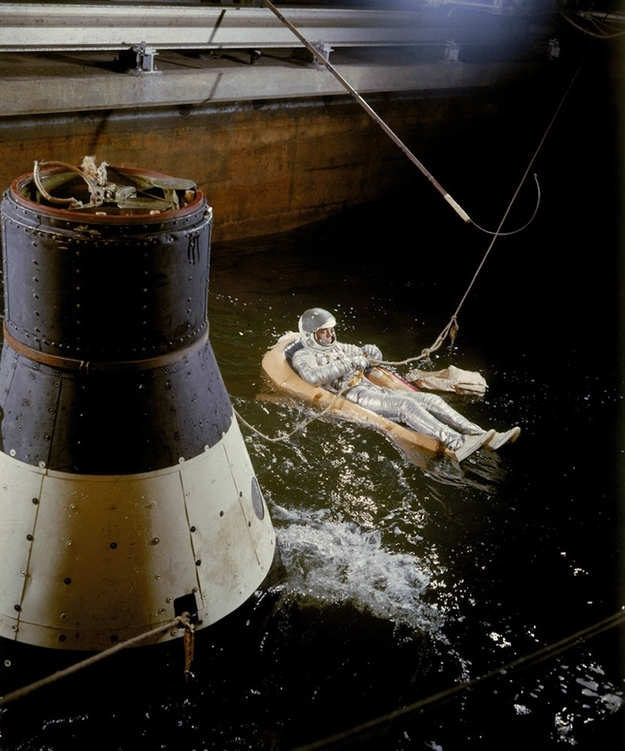 High Power Rocketry: Early NASA images from the Mercury era