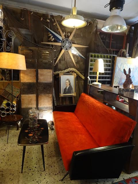 l 39 atelier de philippe salon vintage ann es 60 noir et rouge. Black Bedroom Furniture Sets. Home Design Ideas