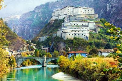 Fortezze e castelli da visitare: Il Forte di Bard / Viaggi e vacanze