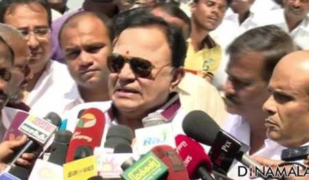 Actor Radha Ravi joins DMK