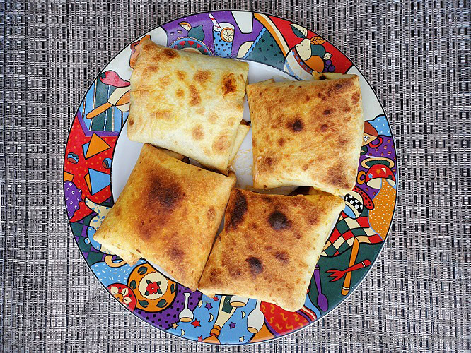 this is a hot pocket and filled with various fillings like pepperoni and cheese, taco fillings and many more than air fried