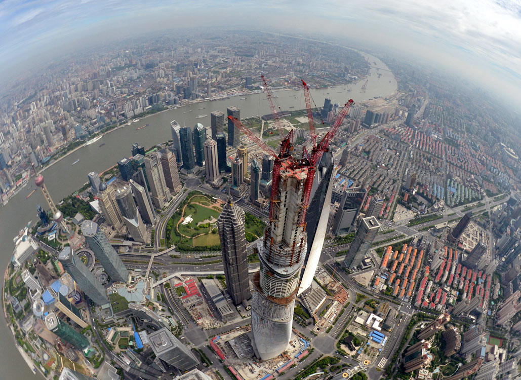 Shanghai-Tower-Topping-Out-MUST-CREDIT-Gensler-Shanghai-Construction-Group..jpg