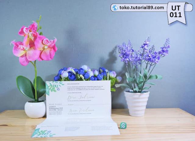 Undangan pernikahan UT011 - Lipat Tiga Landscape