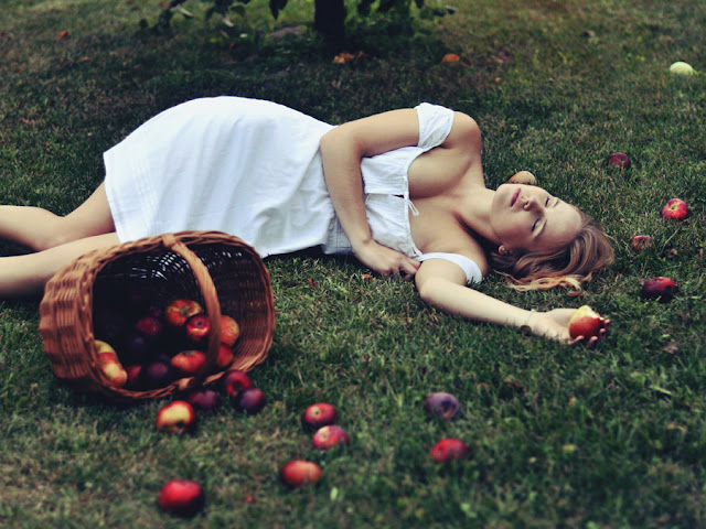 10 Reasons You Should Never Fall For the Forbidden Fruit