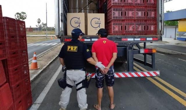 PRF apreende grande carga de cigarros contrabandeados avaliada em um milhão de reais