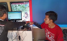 KEMBALI LAKUKAN REKAMAN KTP TAHAP 2 Desa Marga Mukti Datangkan Mobil Pelayanan Keliling