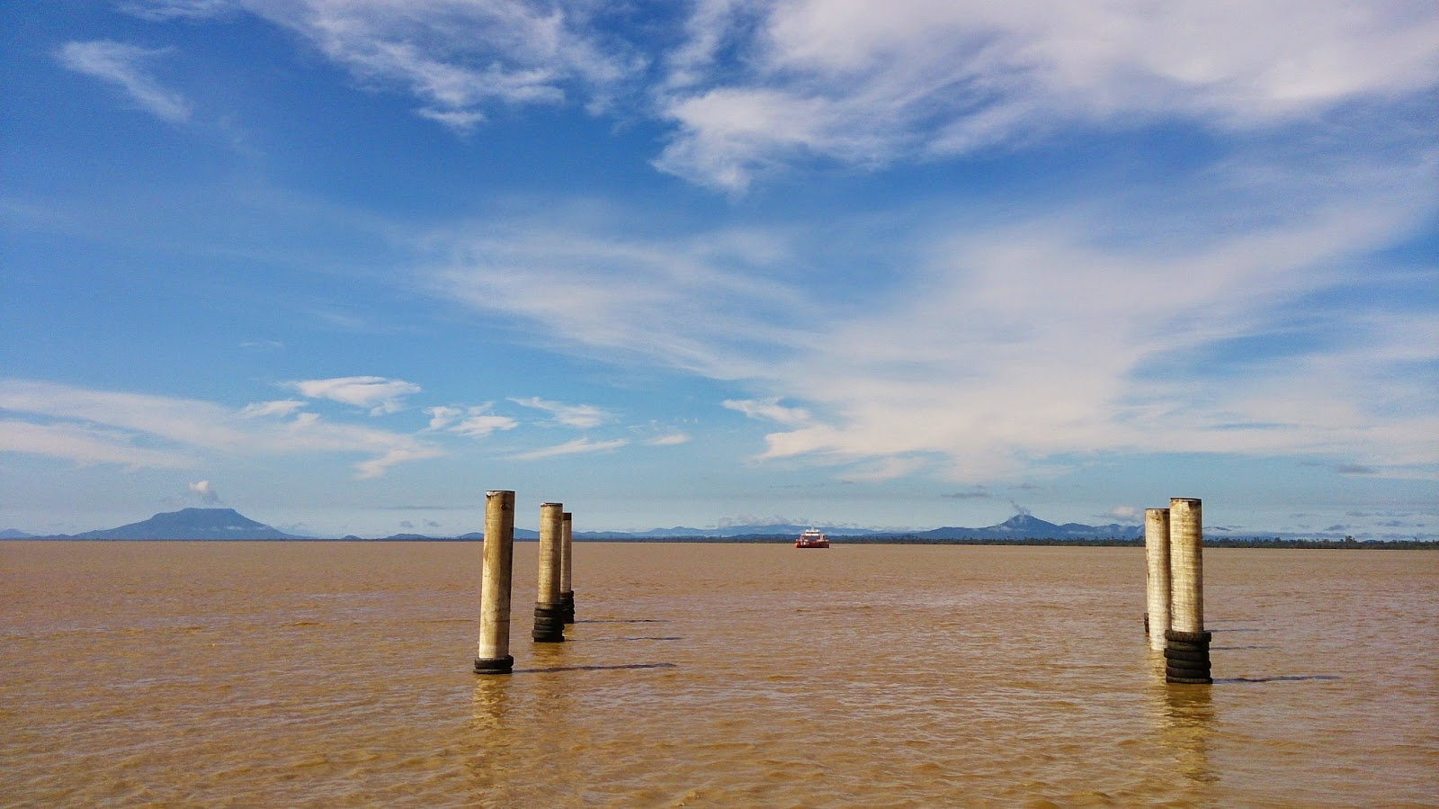 Batang Lupar ferry crossing. This is the widest river in Sarawak. Pix: Nelson's Adventure