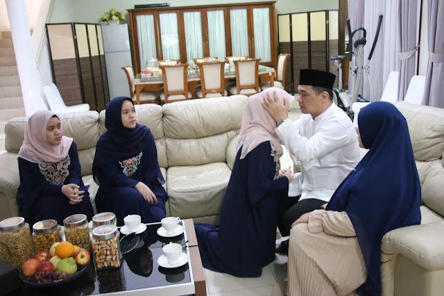 Wagub DKI Jakarta Rayakan Idul Fitri Di Rumah dan Silaturahmi Secara Virtual