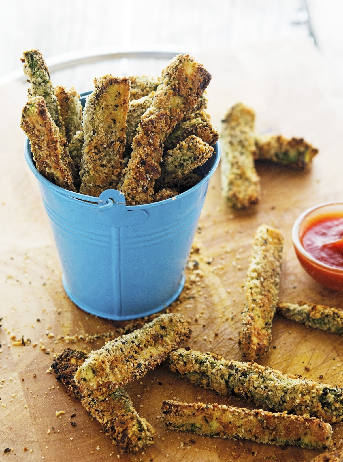 Parmesan Crusted Baked Zucchini Fries