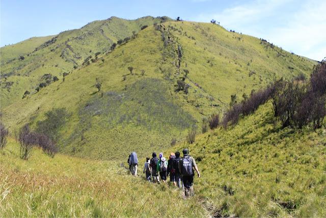 Merbabu Mt Trekking Tour