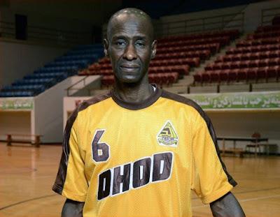 أكبر لاعب كرة سلة محترف في العالم سعودي | بحسب موسوعة غينيس للأرقام القياسية