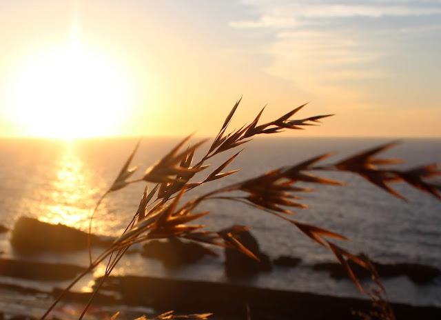 Puesta de sol en la Costa Quebrada. Cantabria