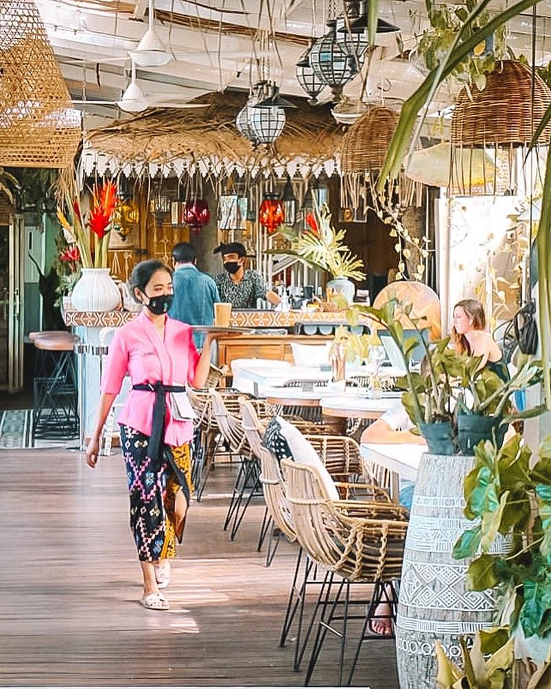 cafe canggu yang wajib dikunjungi