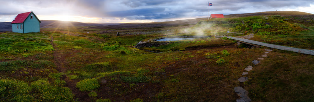 10 Places To Visit In Iceland (That Are Less Expensive Than The Blue Lagoon) - Laugafellslaug