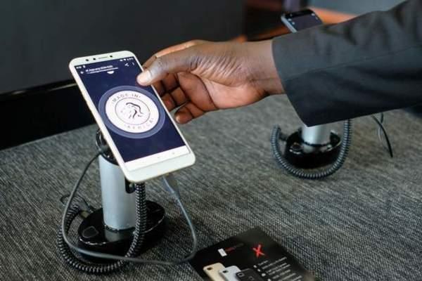 مجموعة Mara تطلق في رواندا أول هواتف ذكية