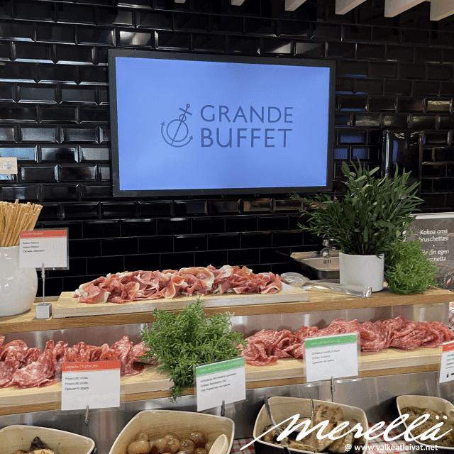 Silja Serenaden Grande Buffetin valikoima