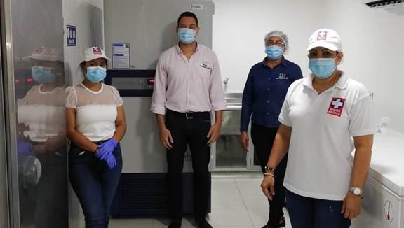 https://www.notasrosas.com/Para preservar vacunas Covid-19: Cerrejón entrega segundo ultracongelador a La Guajira