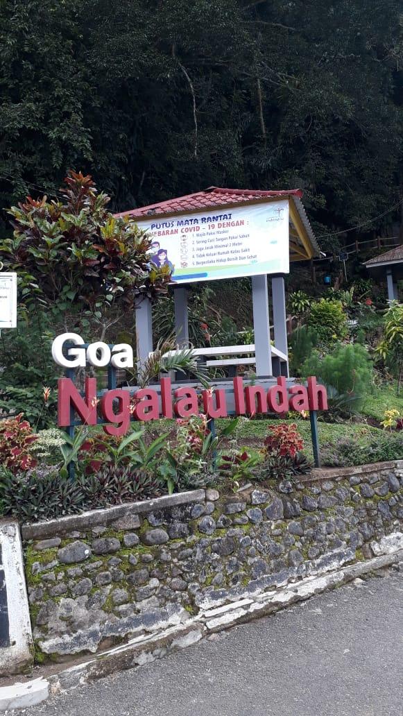Melalak Net Serunya Menapaki Jalan Menanjak Menuju Goa Ngalau Indah
