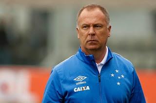 Cruzeiro encara o Internacional em Porto Alegre