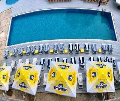 hotel miorita neptun piscina