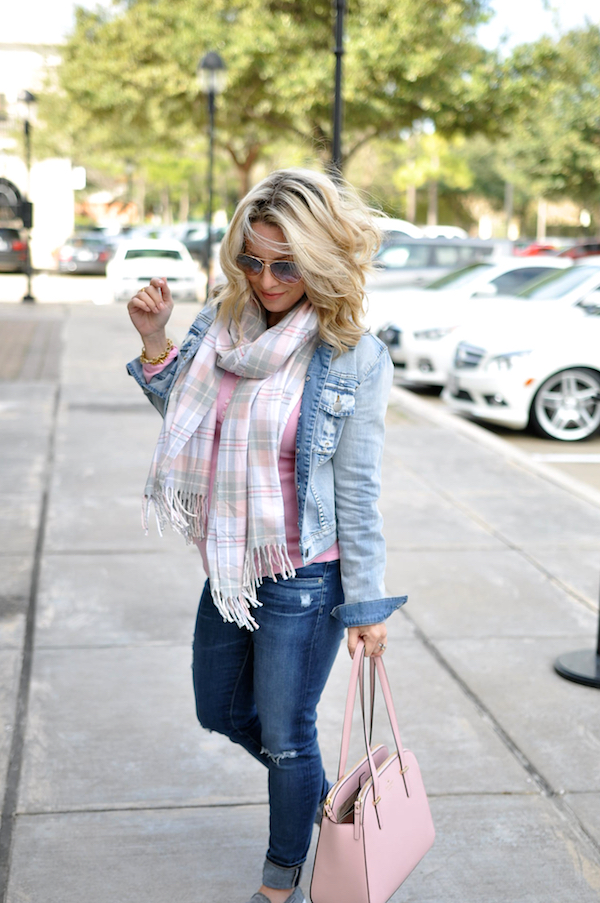 Fall/Winter fashion - distressed jeans, pink top, jean jacket  #dressingthebump #bumpstyle #maternitystyle