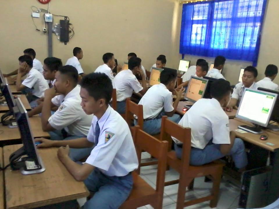 Tryout & Ujian Sekolah Berbasis Komputer