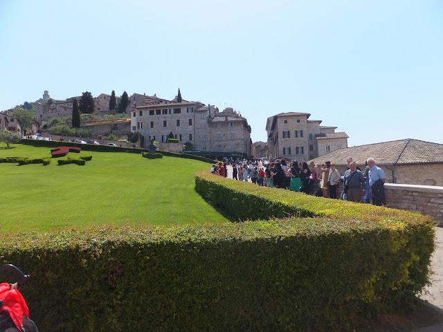 Asís, Assisi, Basílica de San Francisco, Perugia, Umbria, Italia, Elisa N, Blog de Viajes, Lifestyle, Travel