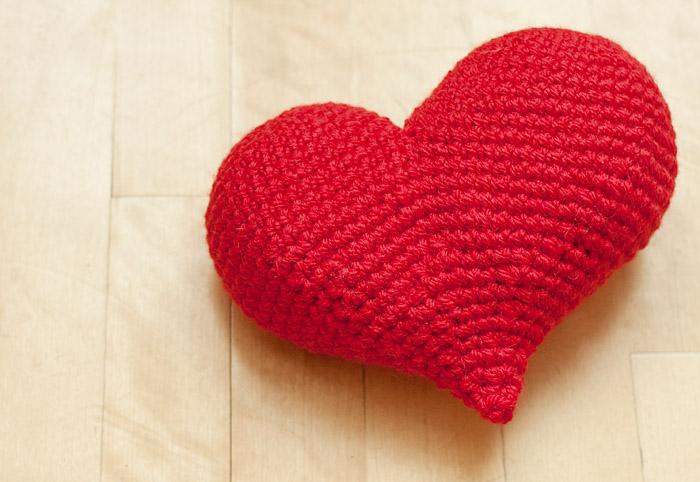 Crochet Heart Applique, Free Crochet Pattern - GoldenLucyCrafts   482x700