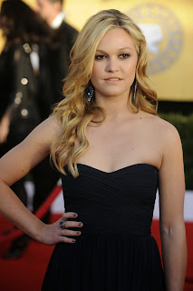 Julia Stiles photo