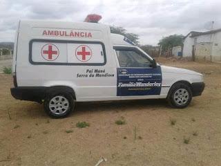 Família Wanderley  concedi ambulância para Dois Riachos.