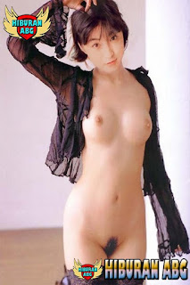Foto-Model-Sexy-Ryoko-Hirosue-4