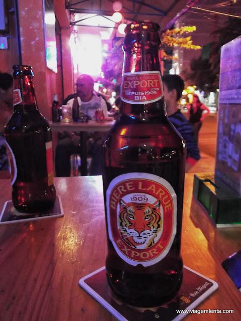 Noite em Nha Trang com cerveja muito barata