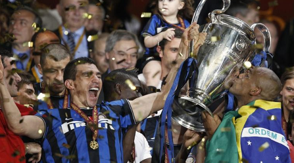 Pelatih Enggan Tanggapi Kemungkinan Persija Jakarta Gaet Legenda Inter Milan