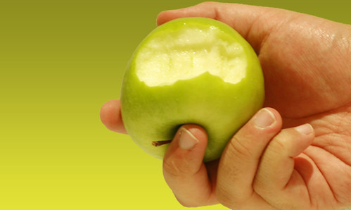Apple Benefits for Kids, Skin, Brain, Bodybuilding, and Digestion
