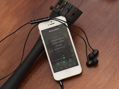 Audiophile In ear Headphones: Review AKG N20 Unibody Aluminum In-Ear