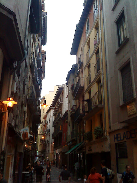 Streets to take tapas and pintxos in Pamplona (Iruña) / Calles de Pamplona (Iruña) para tomar tapas y pinchos / Rúas dos pinchos de Pamplona (Iruña) / Author: E.V.Pita 2012