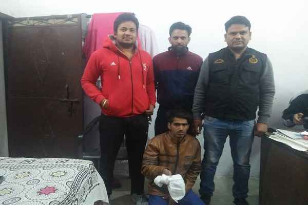 faridabad-cia-sector-65-arrested-accused-with-tramadol-injection