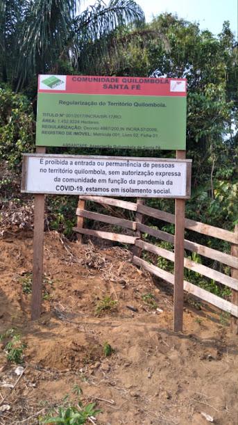 Placas de Aviso de Território Quilombola