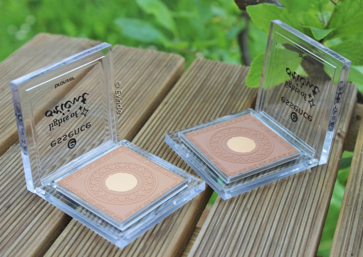 essence lights of orient bronzers
