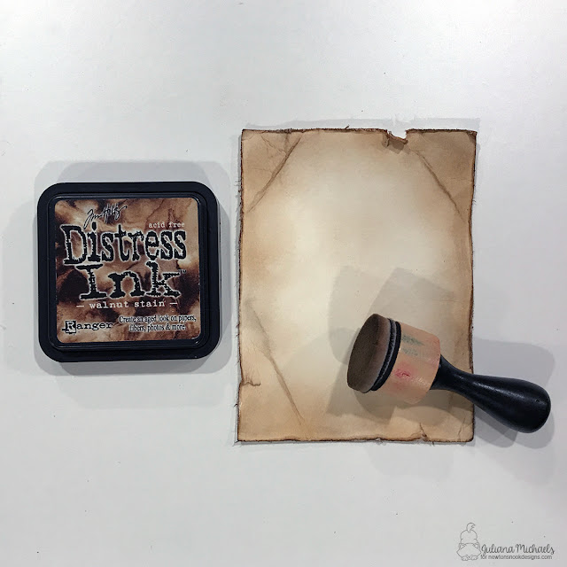 How To Create An Old Paper Background With Distress Ink